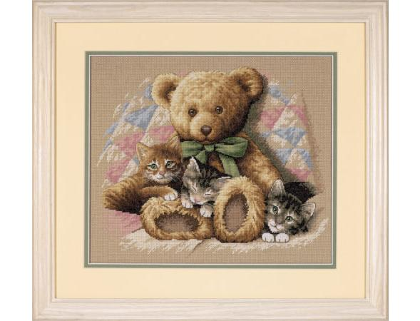 Teddy and Kittens (35236)